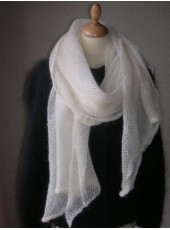 Stole knitted in Mohair and silk